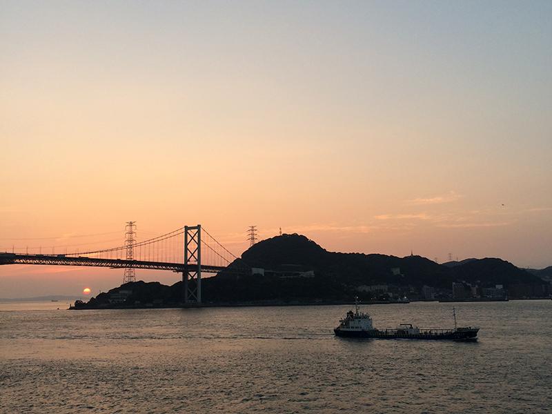 関門海峡日の出