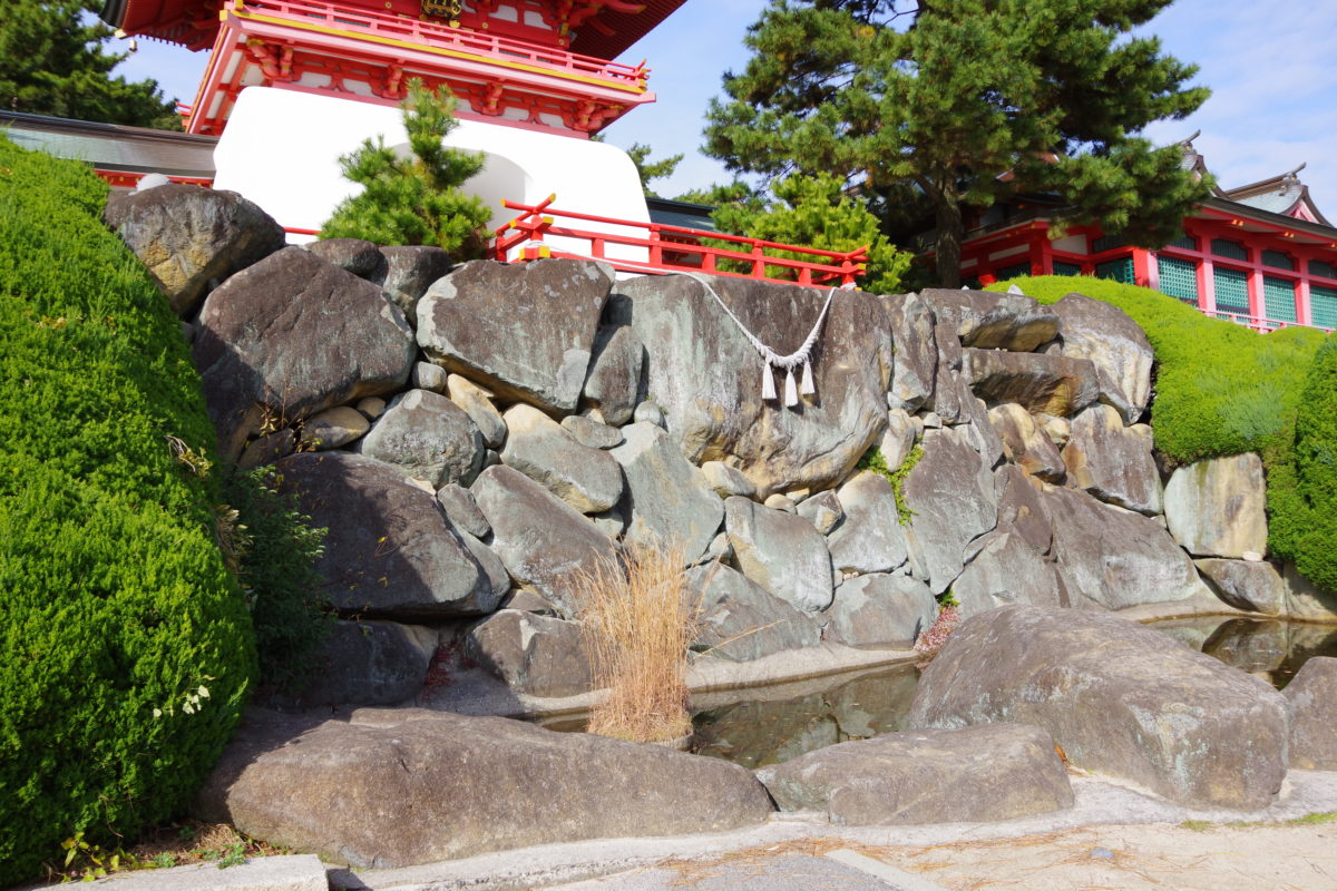 赤間神宮太閤石