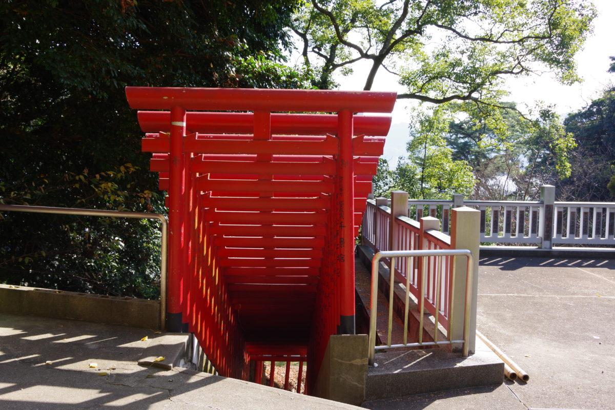 紅石稲荷神社鳥居01