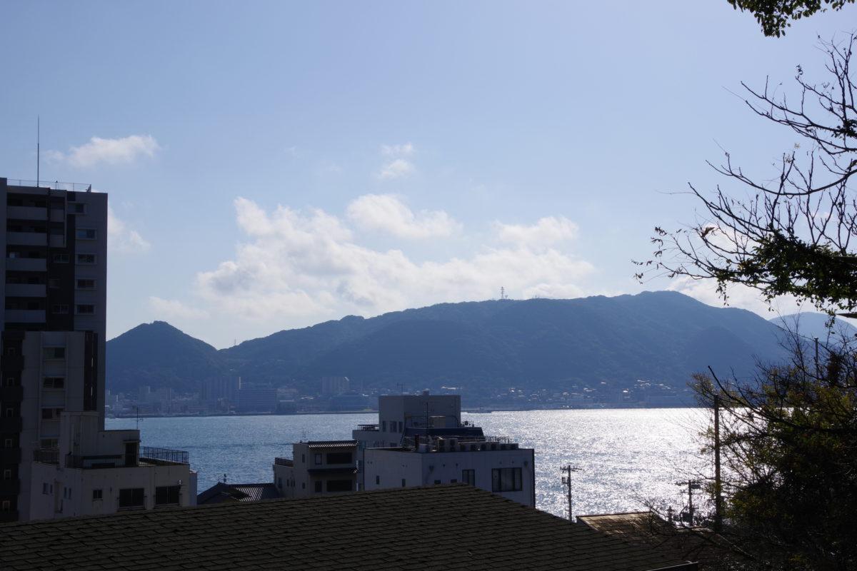 紅石稲荷神社からの海峡01