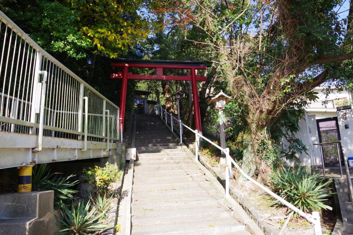 大連神社階段と鳥居