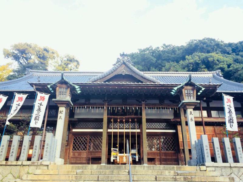 甲宗八幡宮社殿